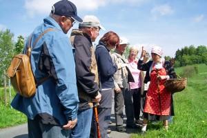 Schellerhau im Sommer, Kräuterwanderung mit der Semmelmilda