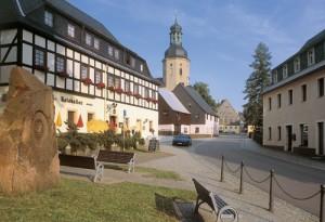 Geising im Erzgebirge, denkmalgeschützer Stadtkern mit schönen Bürgerhäusern - Foto: Christian Prager